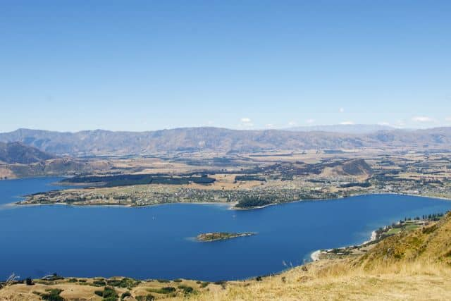 not a great shot, but Wanaka from above