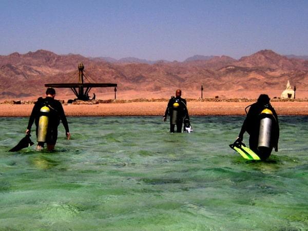 walk-in diving