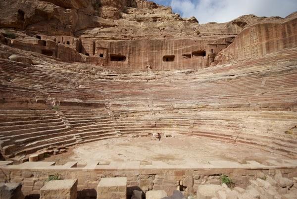 roman amphitheatre petra jordan