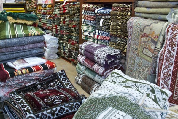 rug shop in damascus souk