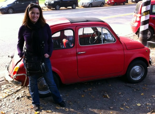 jessica spiegel with fiat car in italy