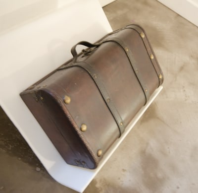 small suitcase museum of broken relationships exhibit