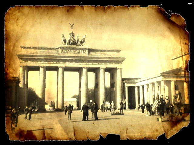 Berlin Brandenburg Gate old style photo