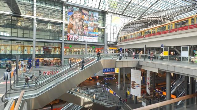 haptbahnhof train station in berlin