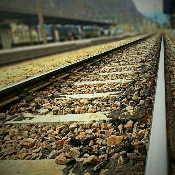 galaxySIII photo of train tracks
