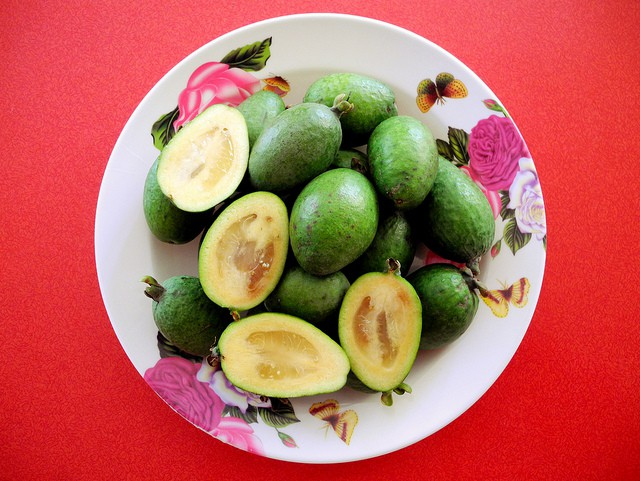 Feijoas - New Zealand Food