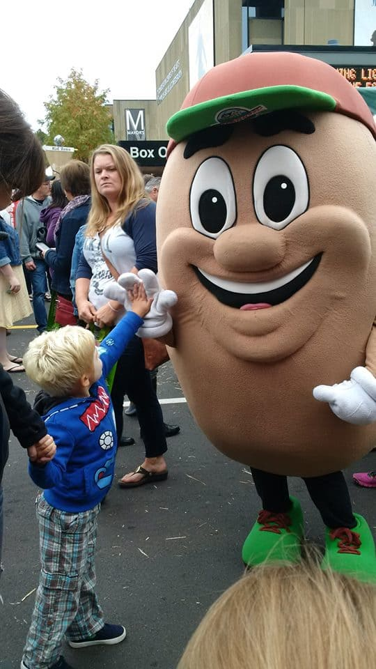 If you're lucky - I mean really lucky - you'll get to hi5 a giant potato.