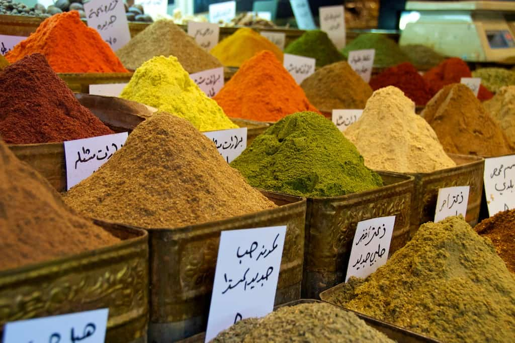 spices in damascus grand bazaar