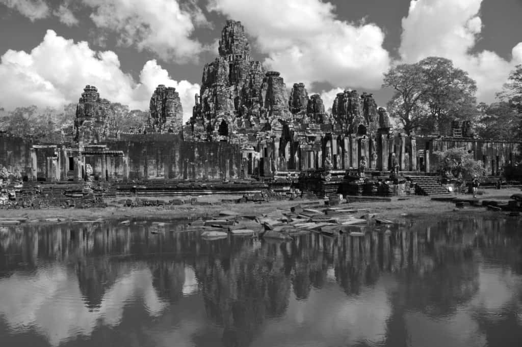 angkor wat black and white bayon temple