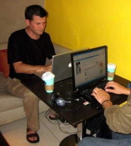 stumbling in an internet cafe