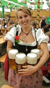 munich oktoberfest beer maiden
