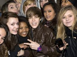 Justin Bieber teenage fans