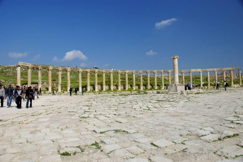Jerash, jordan, roman ruins, jerash oval plazza