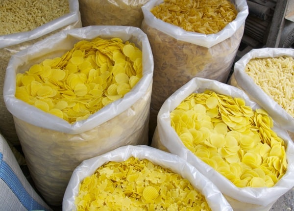 potato chips in large bags at damascus souk