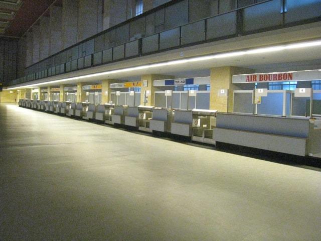 empty counters berlin tempelhof airport terminal