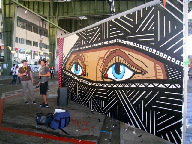 art at berlin music festival at tempelhof airport 2011