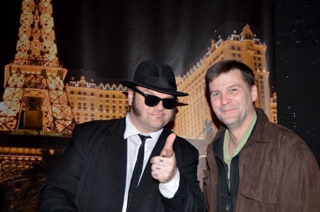 mike hodson with jake elwood blues brother berlin impersonator show