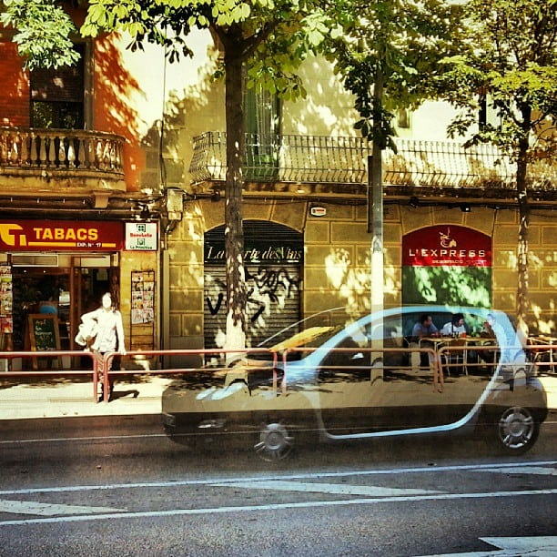 Eating_lunch__incostabrava_when_I_ran_across_another_ghost_car.