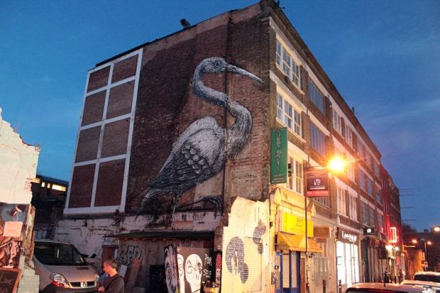 east-london-tour-graffiti