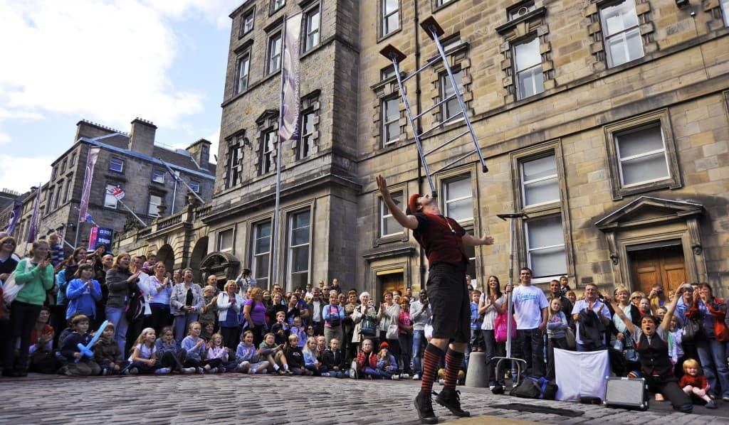 Edinburgh sees the final weekend of the Edinburgh Fringe Festival - Edinburgh, Scotland, UK - 29th August 2009.
