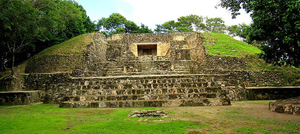 Things to see in Belize: Santa Rita ruins
