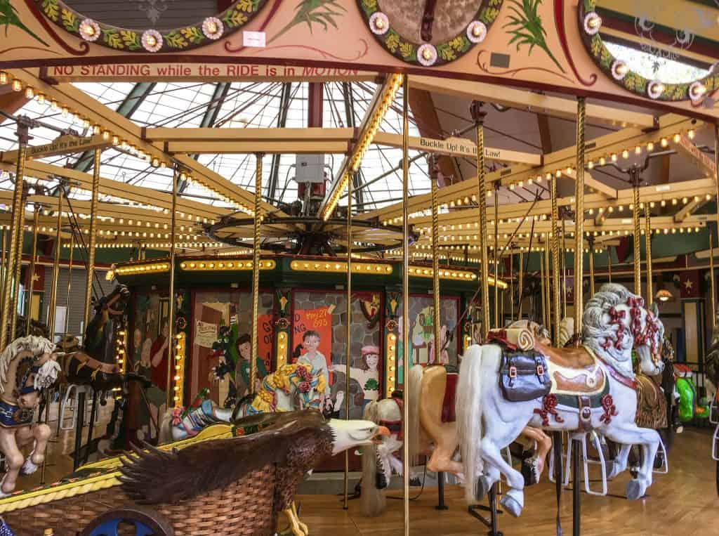 """Carousel"